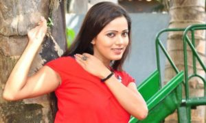 Nethu Priyangika Hot Sexy Legs Photo Collection