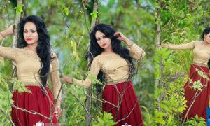Deshi Senadhira Looks Stunning During A Hot Photo Shoot