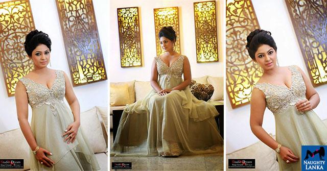 Dulani Anuradha Beautiful Night Dress Photos