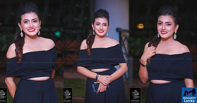 Shanudrie Priyasad Sizzles At The Fifth Derana Sunsilk Film Awards